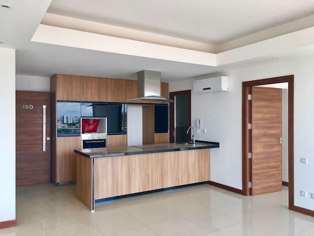 New luxury One bedroom Apartment in Equipetrol. - Santa Cruz de la Sierra - Daire