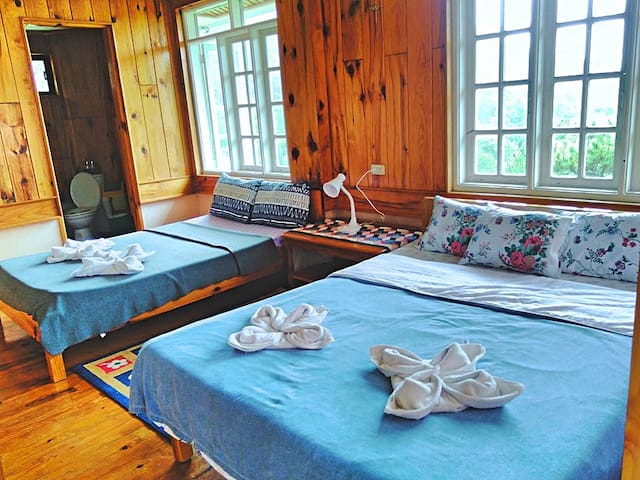 Layad: A private room at Inandako's BnB