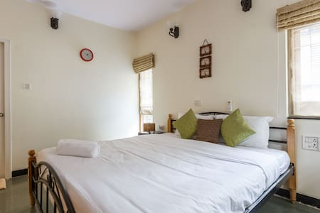 The Eden Suite - A Self-Serviced Residence