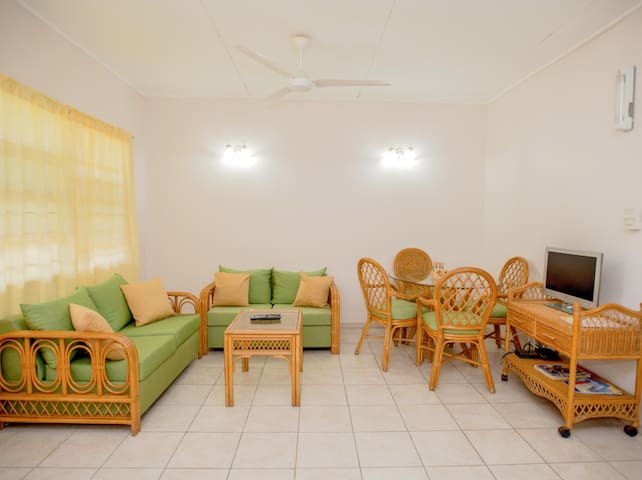 Bougainvillea Apartments- Superior One Bedroom