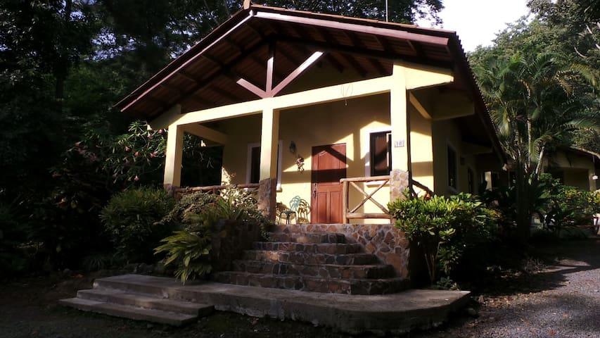 Peaceful Cabin in Altos del Maria - Altos del Maria