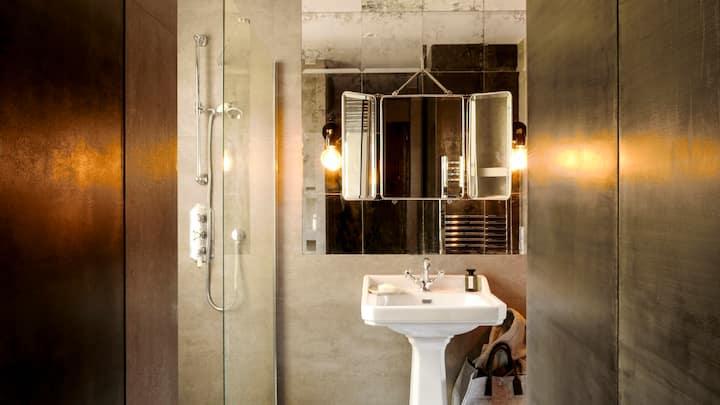 Amazing Design Flat - Le Marais - with view