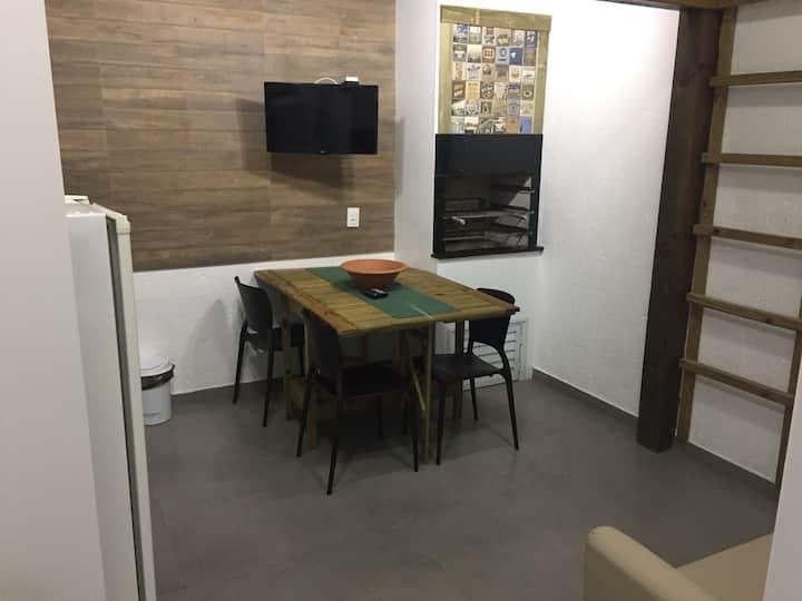 Apartamento adaptado à 2 quadras do mar de Jurerê