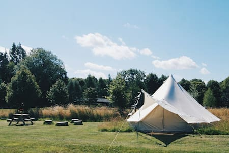 Ambers Bell Tents at Mannington Hall North Norfolk - Oulton - Namiot