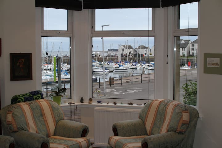 Quiet bedroom on the Harbour - Tayport - Flat