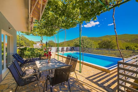 Holiday house Jakov near Trogir