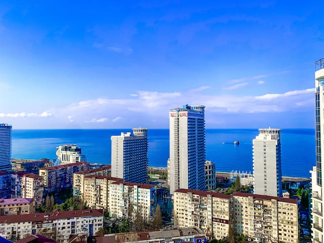 Batumi loves you-sea view apartment