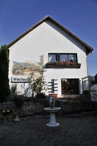 Charmantes Landhaus mit Seezugang - Teupitz - Apartemen