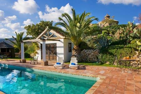 Wonderful villa of stone - Terracota - Algeciras - 別荘