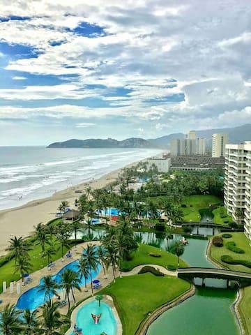 Bonito depto. de playa en Mayan Island, Acapulco