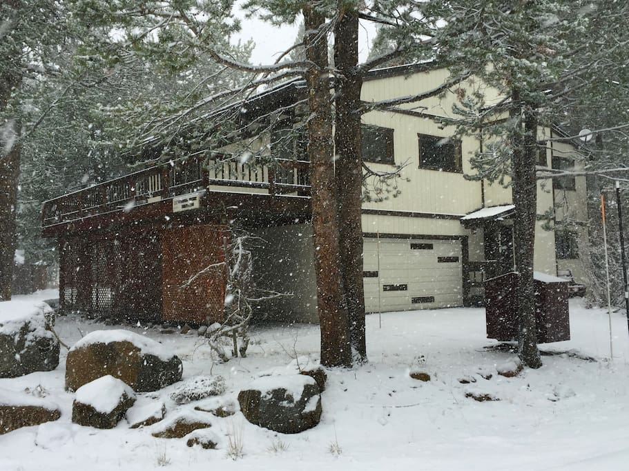 """Stay Year-Round--Winter, Spring, Summer or Fall! """"We were there for a week during the fall and couldn't have had a better time. The house is fantastic and everyone was very comfortable.""""--Charlie *****"""