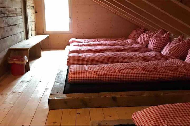 Sittlisalp byherger Familien-Zimmer