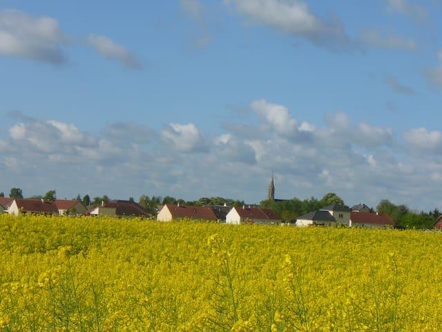 Grande chambre à 12 km de Bourges