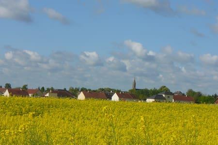Chambre de 25 m2 à 10 km de Bourges - Vasselay