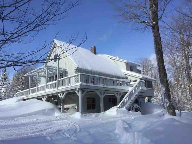 Snowed Inn the NEK-Room #3, Newark, VT