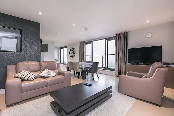2 Bedroom Penthouse