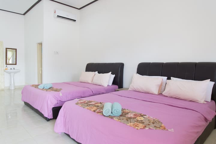 Langkawi Private 4 Pax Room