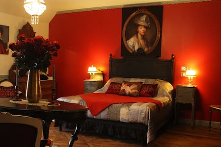 Chambre Valmont - Bed & Breakfast