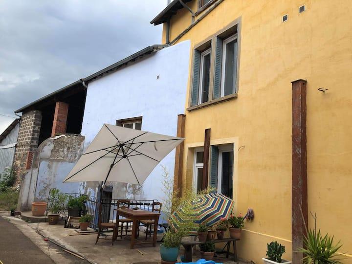 Saint-Jodard : chambres d'hôtes avec vue