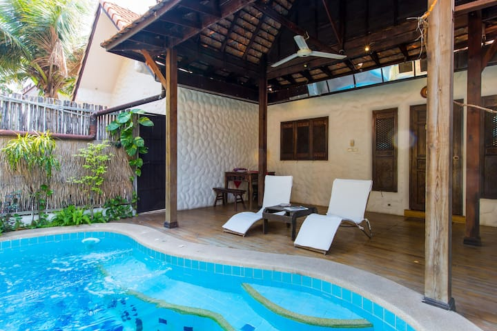"One Bedroom Pool Villa-BTC Boutique Resort 1-""A2"""