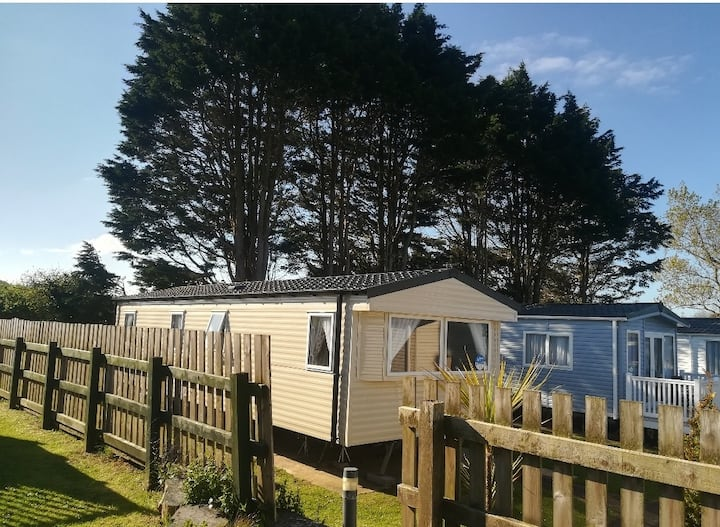 8 Berth Caravan with Central Heating at Kiln Park