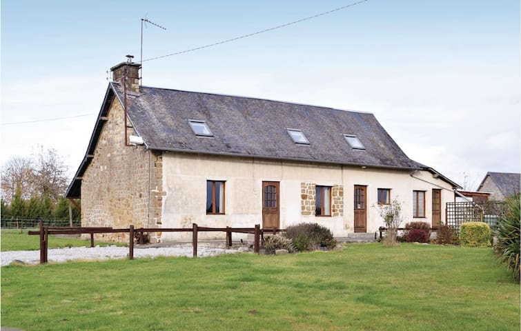 Holiday cottage with 2 bedrooms on 90m² in Romagny