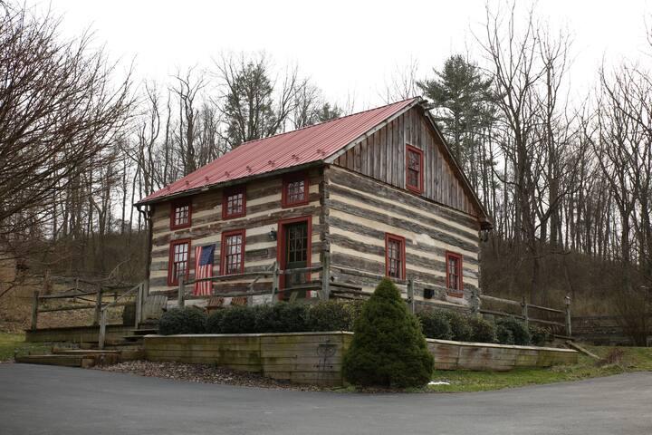 Fairfield Farm Guest Cabin