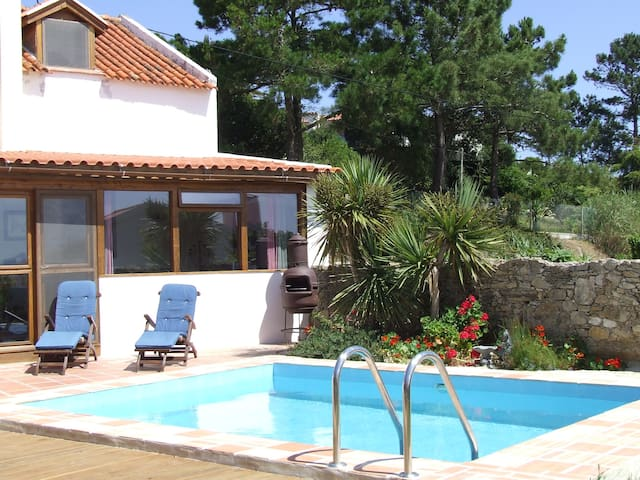 Casinha das Papoilas, holiday cottage - Salir do Porto - Ev
