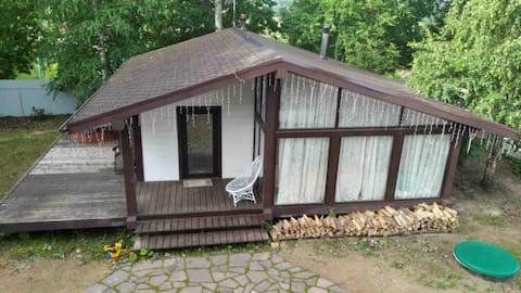 Уютный коттедж с большой сауной
