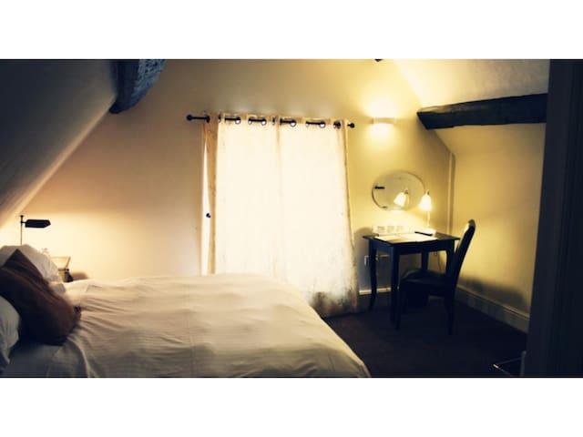 Standard Double Room - En-Suite