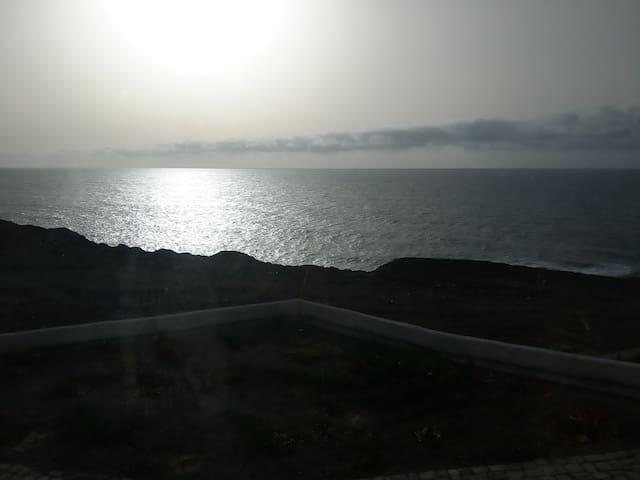 Questel BronQ Sea Lodge