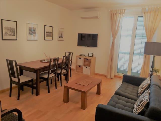 Barcelona Rambla Apartment