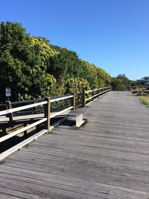 Direct access to boardwalk that extends up to SALT and Kingscliff