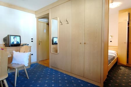 Apartment with small bedroom 50 m from lifts - Canazei - Διαμέρισμα