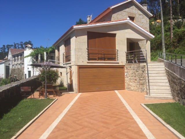 amplia casa de piedra a cinco mintos de la playa - Bueu - Casa