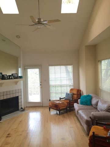 Cozy Loft Near the Lake - Downtown - Dallas - Apto. en complejo residencial