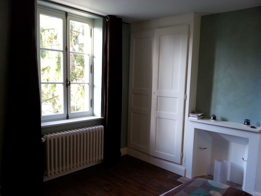 chambre d 39 h te de charme proche giverny guesthouse for rent in la chapelle r anville. Black Bedroom Furniture Sets. Home Design Ideas