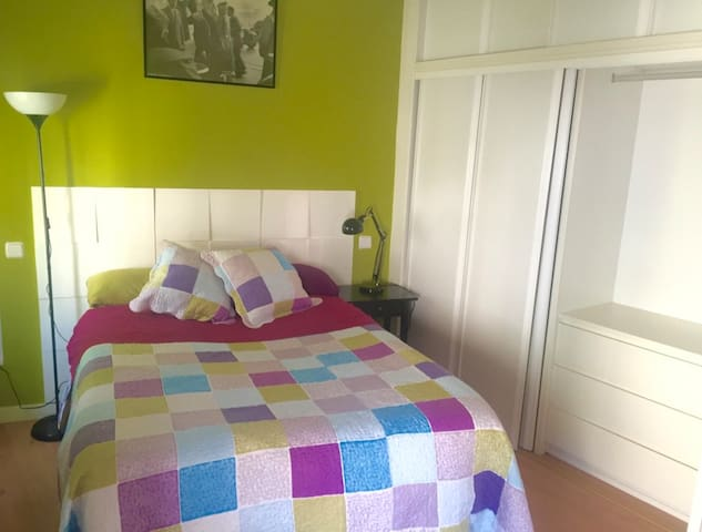 Lovely room! Tu habitación privada en Madrid! - มาดริด