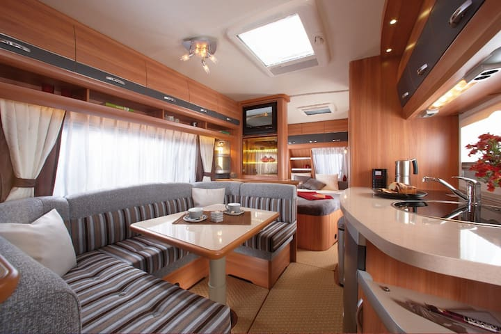 Caravane confortable, prox de Lyon - Saint-Quentin-Fallavier - Autocaravana
