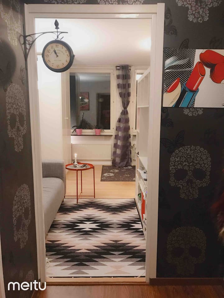 Perfect home for you { GIRLS ONLY } in Stockholm