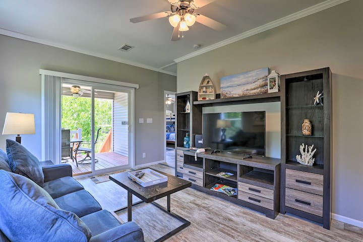 NEW! Winter Haven Getaway w/ Direct Lake Access!