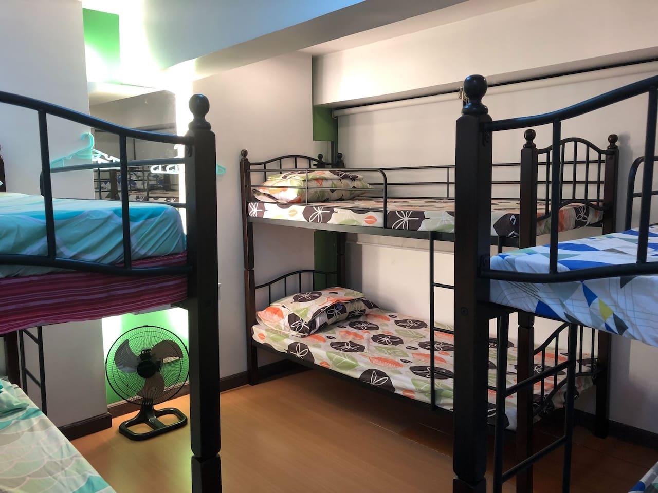 Shared Bedroom with 3 bunk beds