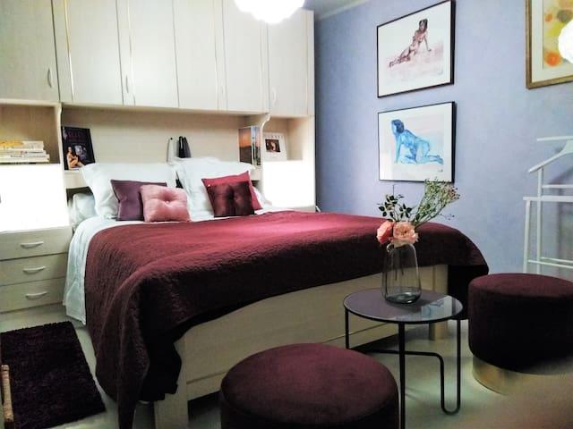 """Chambre  """"La romantique"""" dans maison de charme"""