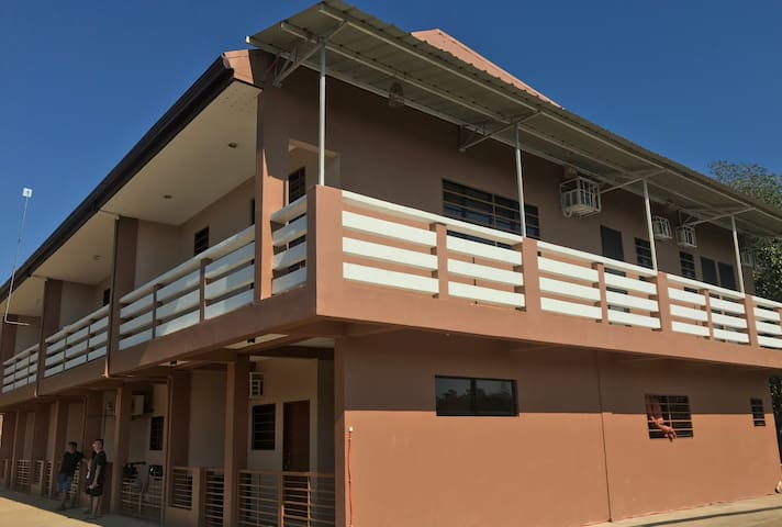 Affordable 3 Single beds in Coron Palawan #401