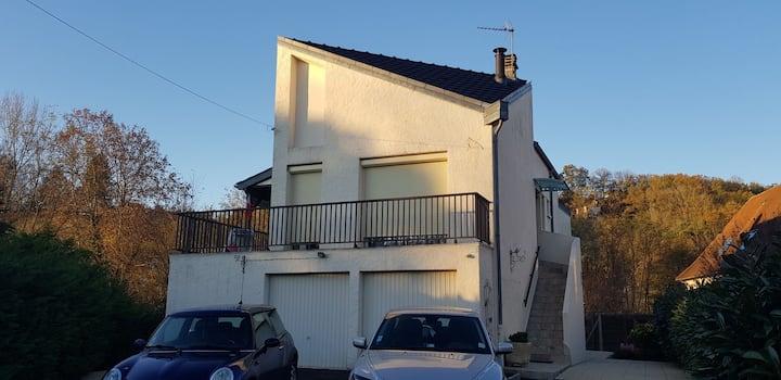 Petit appartement tranquile au bord de la Corrèze