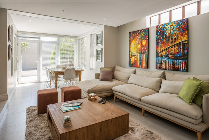 Modern garden apartment in the heart of Cape Town - Cape Town - Apartment