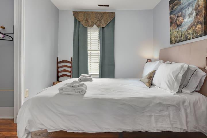 Cozy Durham Nest @ Merrick Room D