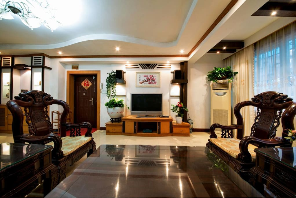 漂亮的客厅电视背景