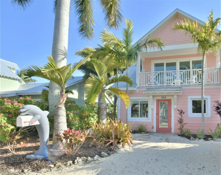 Tropical Island Waterfront Dream Home with Private Pool, Sleeps 9