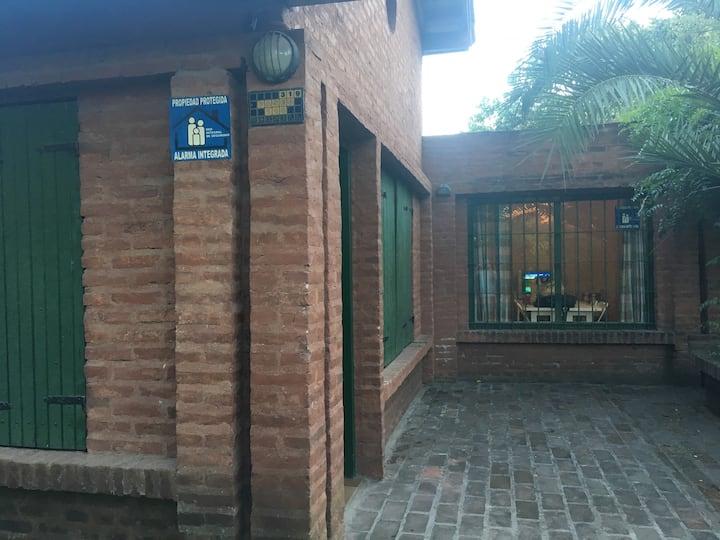 Villa Gesell - 8 personas - Excelente ubicación